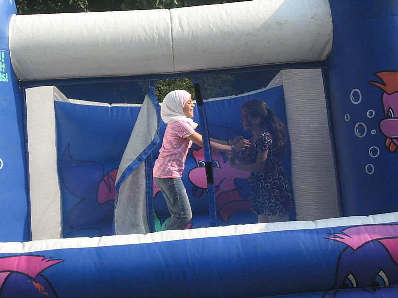 Bouncy castle 7-20