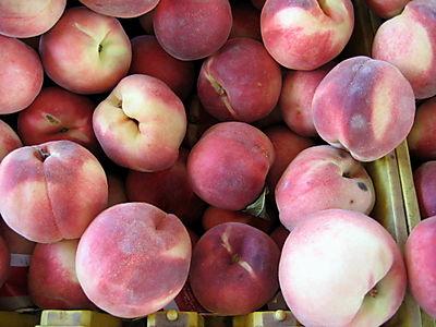 White peaches 8-09