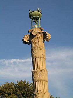 Acanthus column 8-25