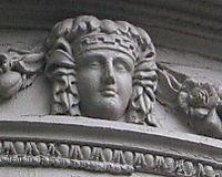 LV Grecian detail 9-25