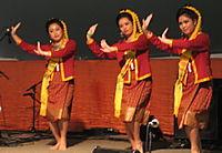 Thai dancers 9-27