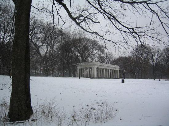 Snowy Peristyle 12-19