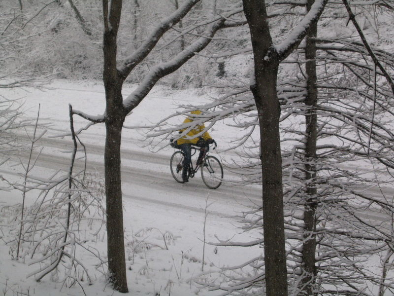 Snow cyclist 2-03