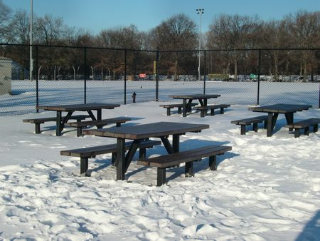 Picnic tables 12-22
