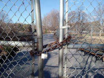 Lakeside locked 12-9-10