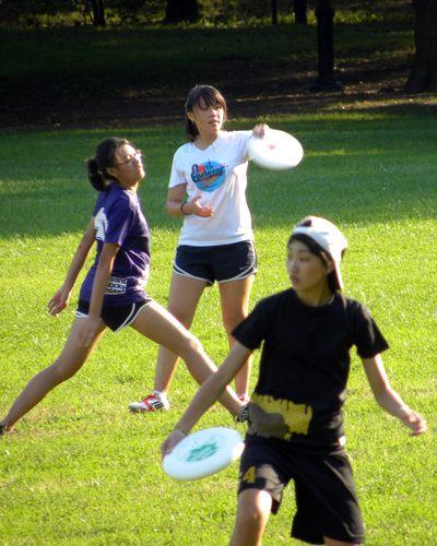 Frisbee gals 9-13-12